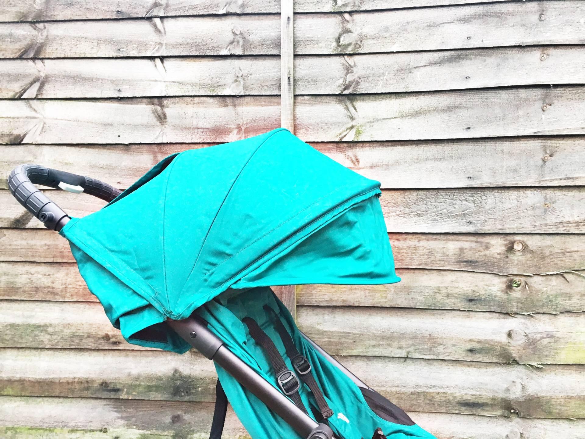The Baby Jogger City Tour sun canopy spf50+