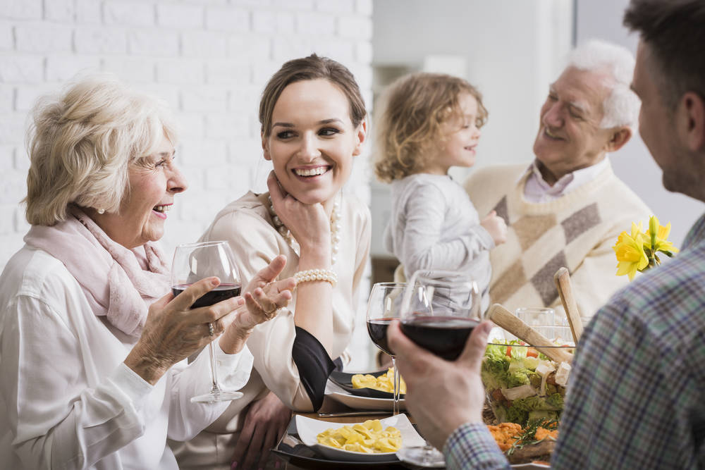 Multi Generational Holidays – The Pros And Cons You Need To Know
